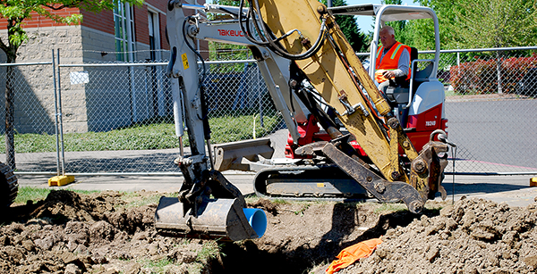 Laying of underground pipe