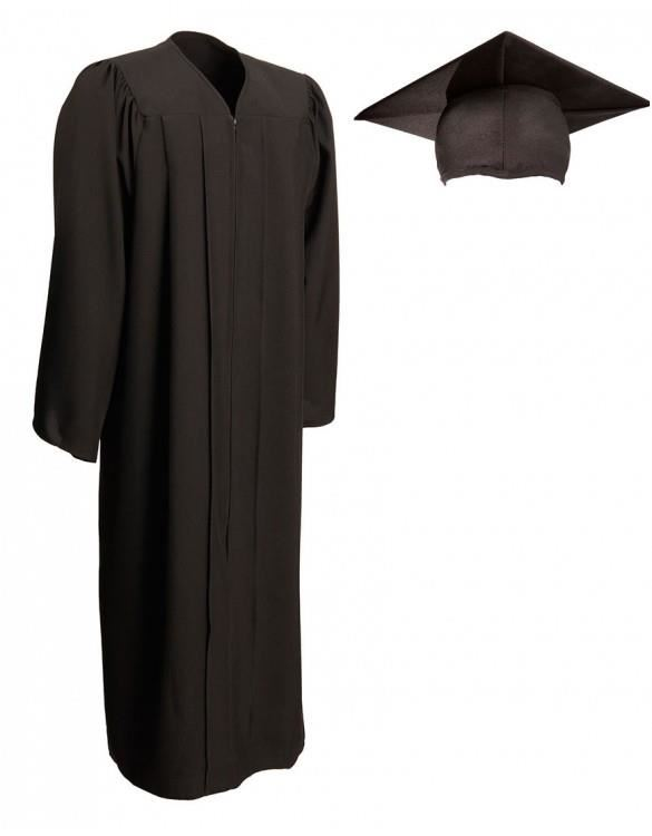 Senior News & Information / Caps, Gowns & other items