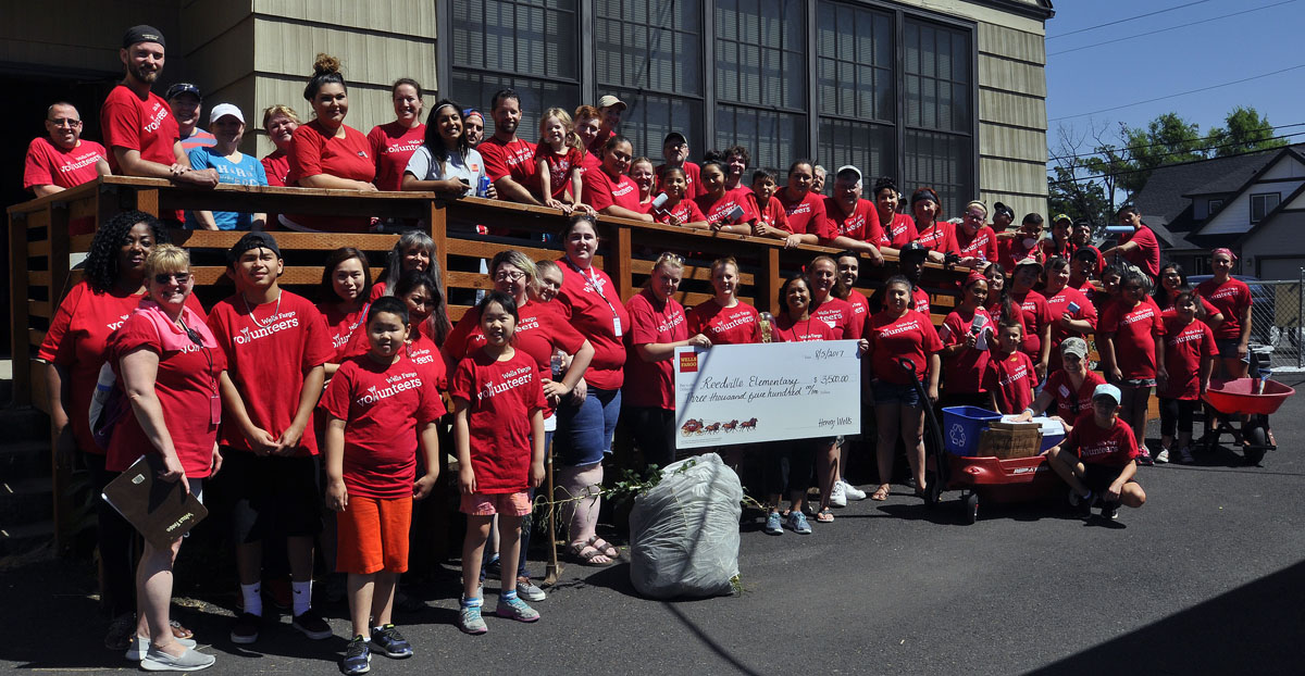 Wells Fargo volunteers at Reedville Elementary School